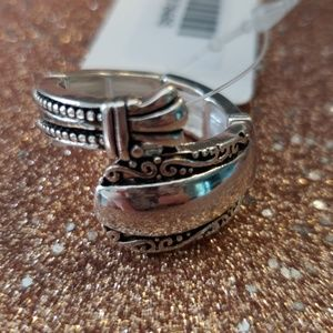 Jewelry - Silver Tone Ornate Adjustable Ring
